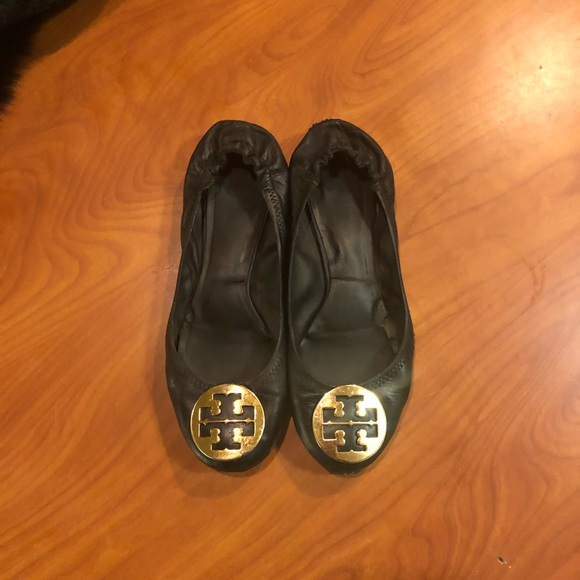 eb1ed3301 Tory Burch black leather slip on loafers size 9. M 5be697f81b3294df0504b265